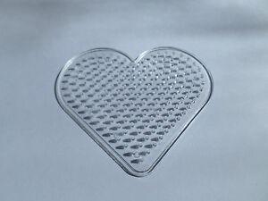 1 X Hot Fuse Bead Peg Board - 93mm X 83mm-coeur-afficher Le Titre D'origine