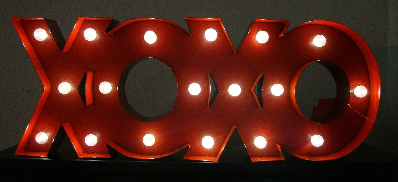Marquee XOXO Theater LED Light Up rot 3D Sign