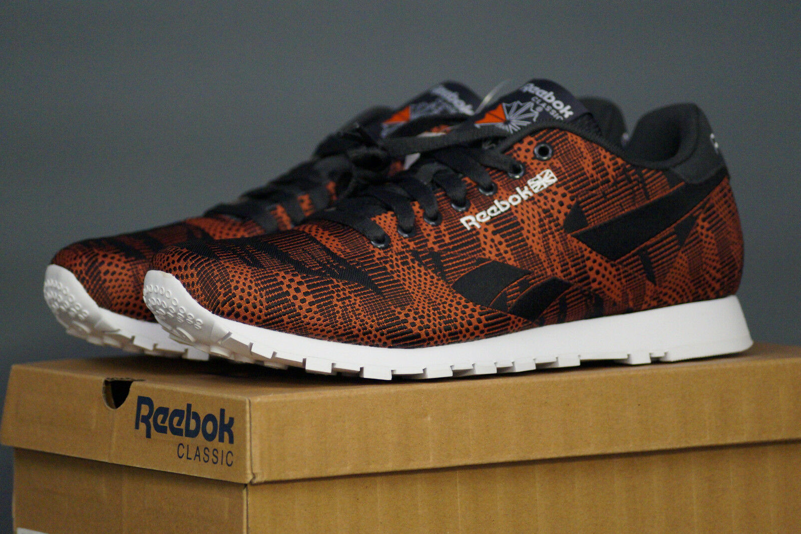 REEBOK Classic CL Runner Jacquard TC EU 42.5 UK 8.5 pop-energy naranja negro