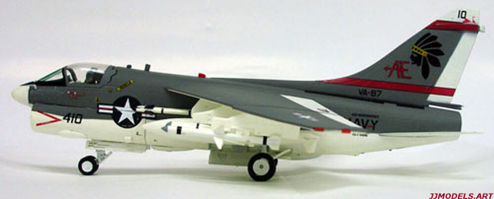 ♠Witty Wings Sky Guardians  Vought A-7A Corsair II  oroen Warriors  LIMITED ED