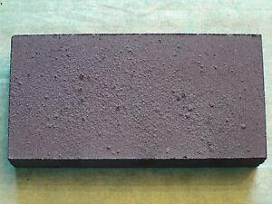 Holz-Loetkohlen-gepresst