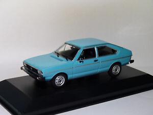 VW-Volkswagen-Passat-de-1975-au-1-43-de-Minichamps-Maxichamps