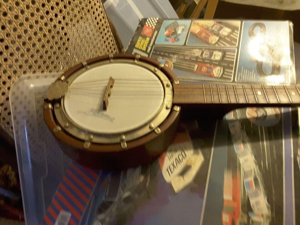Guitar banjo, Marma
