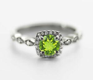 925-Sterling-Silver-Ring-Natural-Peridot-Solitaire-Petite-Vintage-Size-4-11