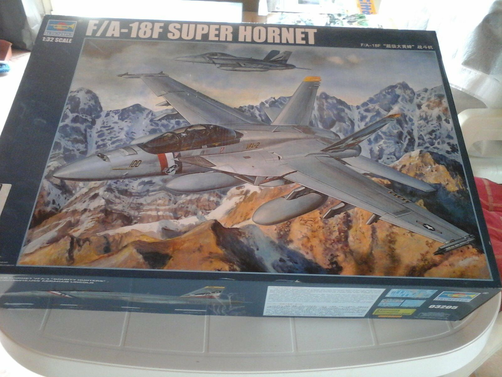 F/A-18F SUPER HORNET,1/32 SCALE,TRUMPETER MODEL+METAL +PHOTOETCHED+RUBBER WHEE