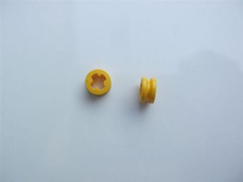 4239601 partes y piezas de 2 X Bush Lego Amarillo 1//2