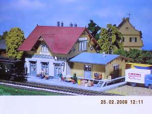 Faller-H0-B97-Bahnhof-Blumenfeld-Bausatz-NEU