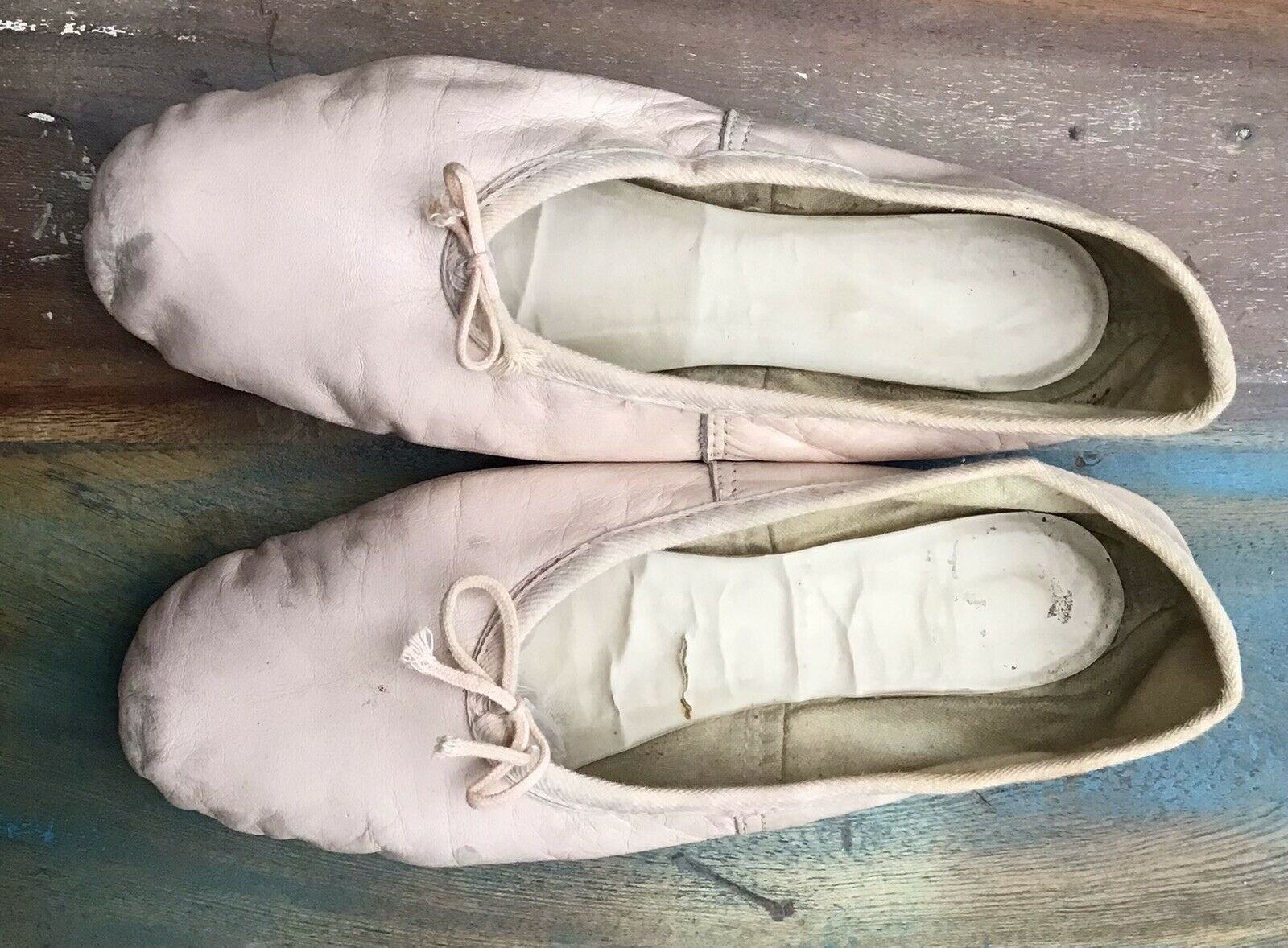 Ballet Shoes, Pink Leather Ballet Dance shoes Full Sole Soft Toe