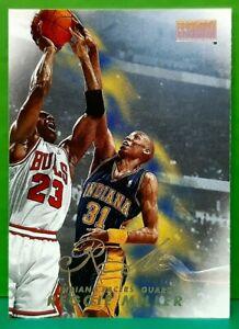 Reggie Miller regular card 1998-99 Skybox Premium #67
