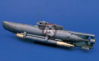 Verlinden 1/35 Seehund (Seal) German Midget Submarine WWII (with Photo-etch) 947