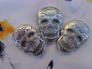 2-oz-Sugar-Skull-Day-of-the-Dead-Rose-poured-ingot-999-fine-silver