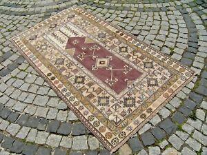 Turkish Rug 45'' x 75'' Vintage Prayer Desingn Melas Rug Muted Color Area Rug