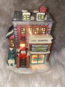 CUTE-Christmas-Decoration-Toy-Shoppe-Lighted-Cottage