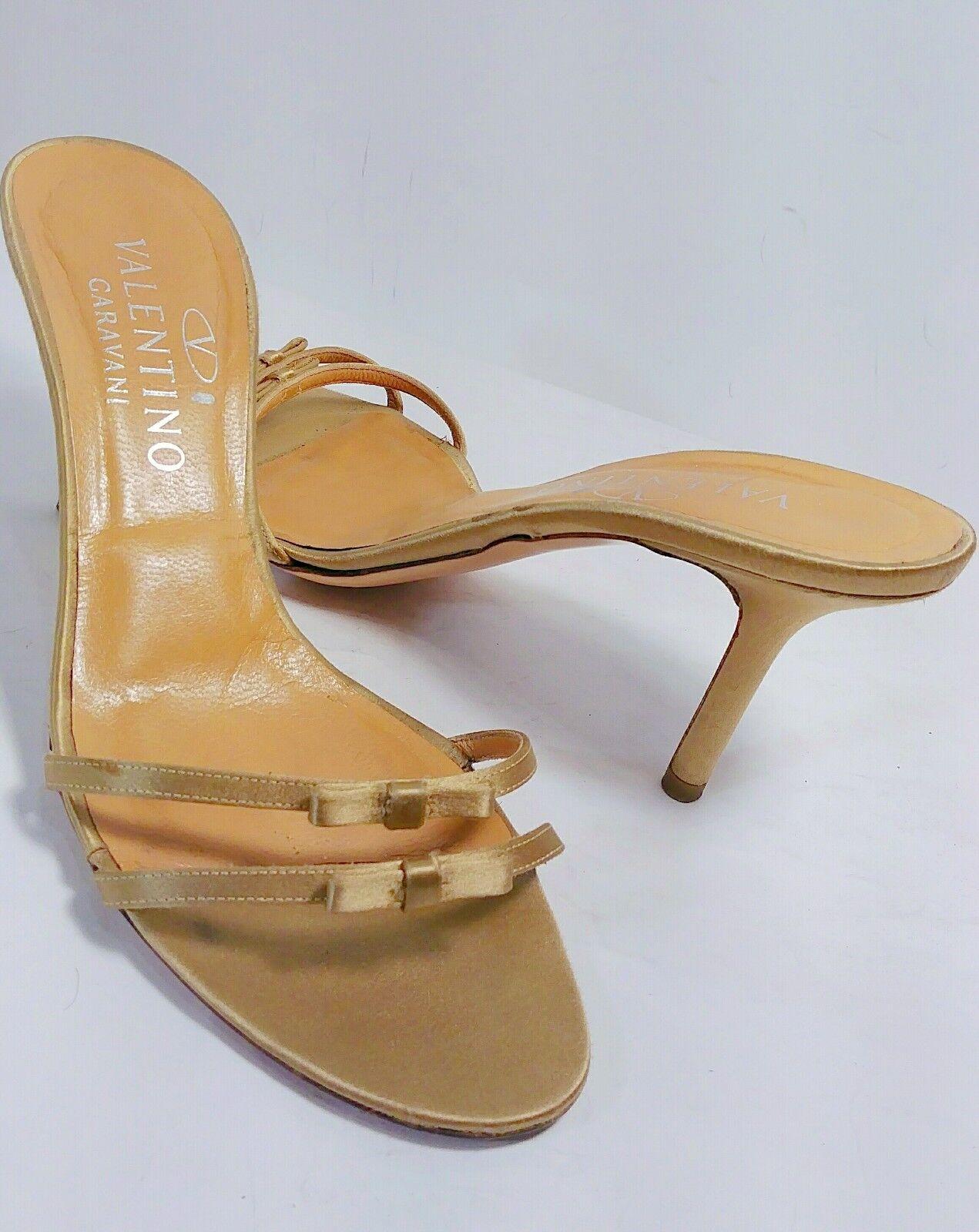 alta qualità VALENTINO oroen Silk Double Bow Strap Slide Dress Sandals Sandals Sandals Dimensione US 7.5 B  EUC  benvenuto per ordinare