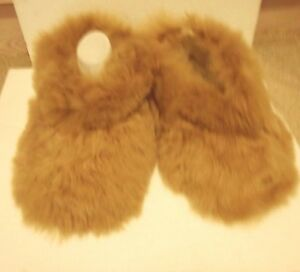 PERUVIAN-ALPACA-FUR-SLIPPERS-BEIGE-3-sizes-available
