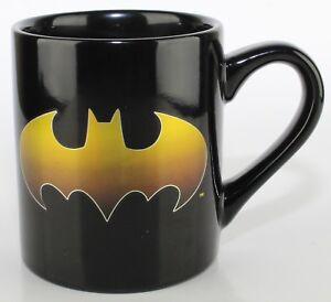 DC-Comics-Batman-Logo-Punch-Through-Molded-Ceramic-Mug