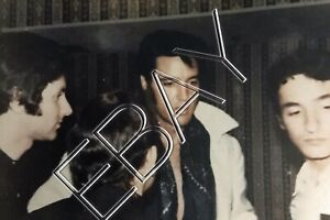 Elvis-Presley-Original-Candid-Photo-Backstage-Vegas-1969-w-French-fans-097
