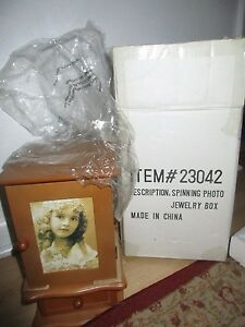 New-in-Box-Wood-Spinning-Photo-Jewelry-box-12-039-x-7-034-23042
