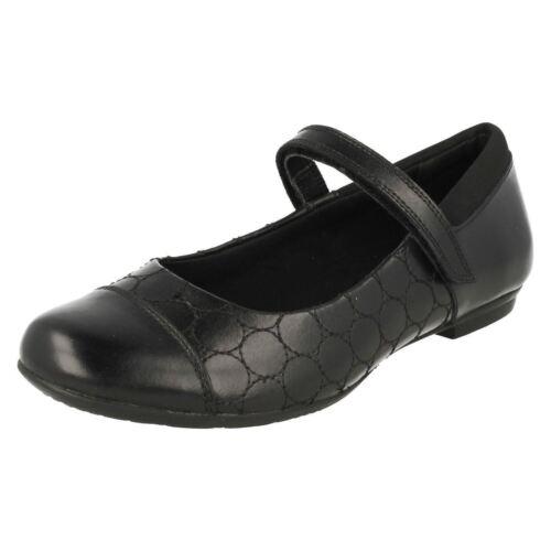 Acampanado Niña Tizz F Negro Clarks Whizz' De Con Colegio Zapatos ' Cuero Cierre ZwqadaIC