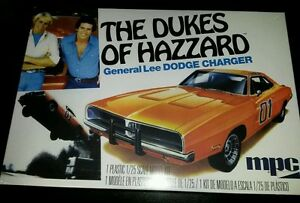 1-25-KIT-MPC-GENERALE-LEE-HAZZARD-BO-E-LUKE-DODGE-CHARGER-1969-NUOVO-NEW