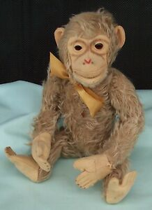 Vintage-Monkey-Mohair-Berg-Toy-Red-Metal-Heart-amp-Squeaker-Austria-Glass-Eyes