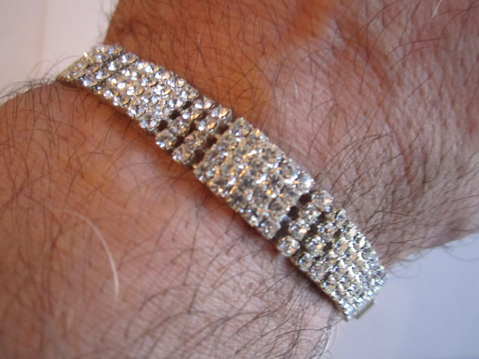 MULTI CRYSTAL BRACELET - SPARKLES GALORE - 7 1 4  LONG - JC-5