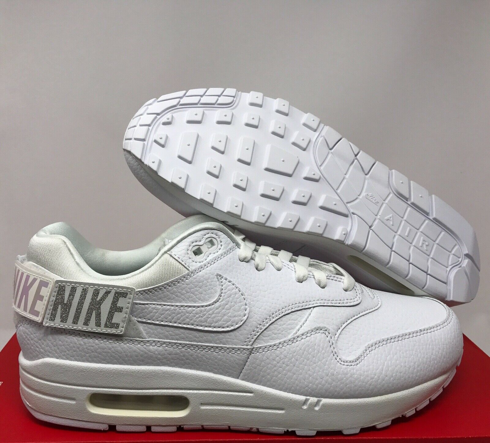 NIKE AIR MAX 1-100 PATCHES TRIPLE WHITE WOMEN SZ 12    MEN SZ 10.5 [AQ7826-100