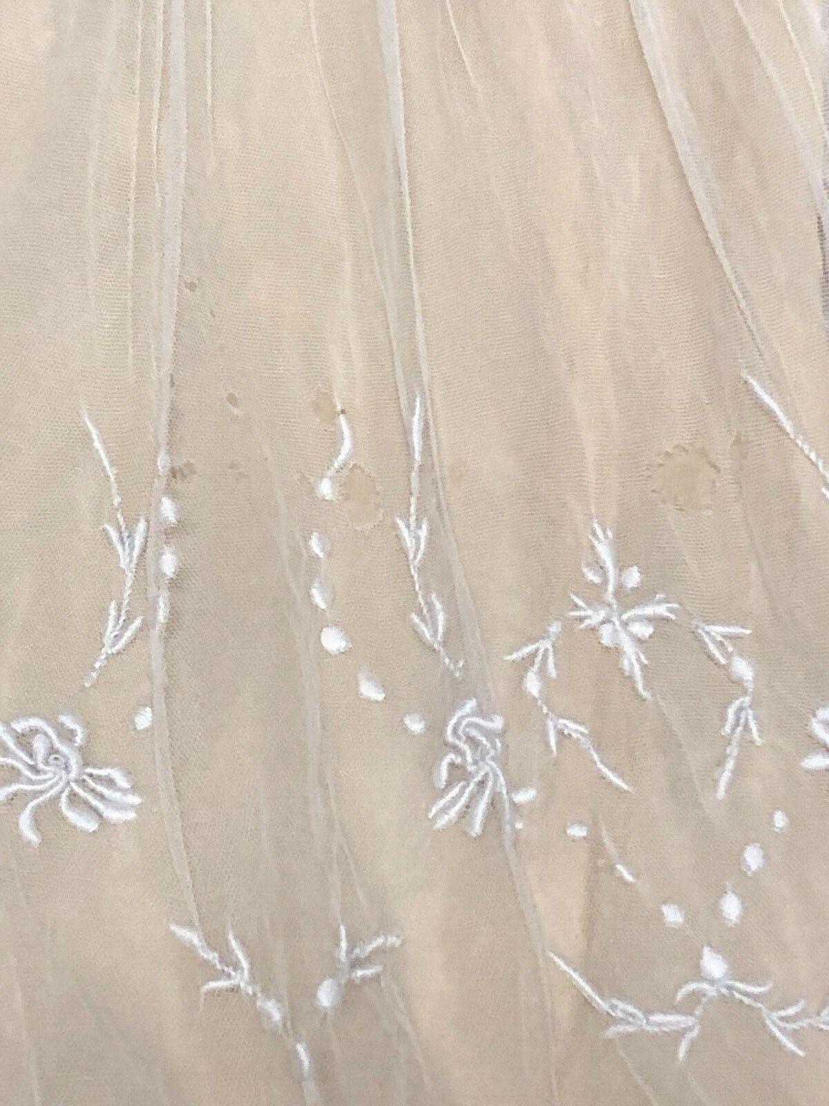 Antique Edwardian White Mesh Dress with Floral Em… - image 9