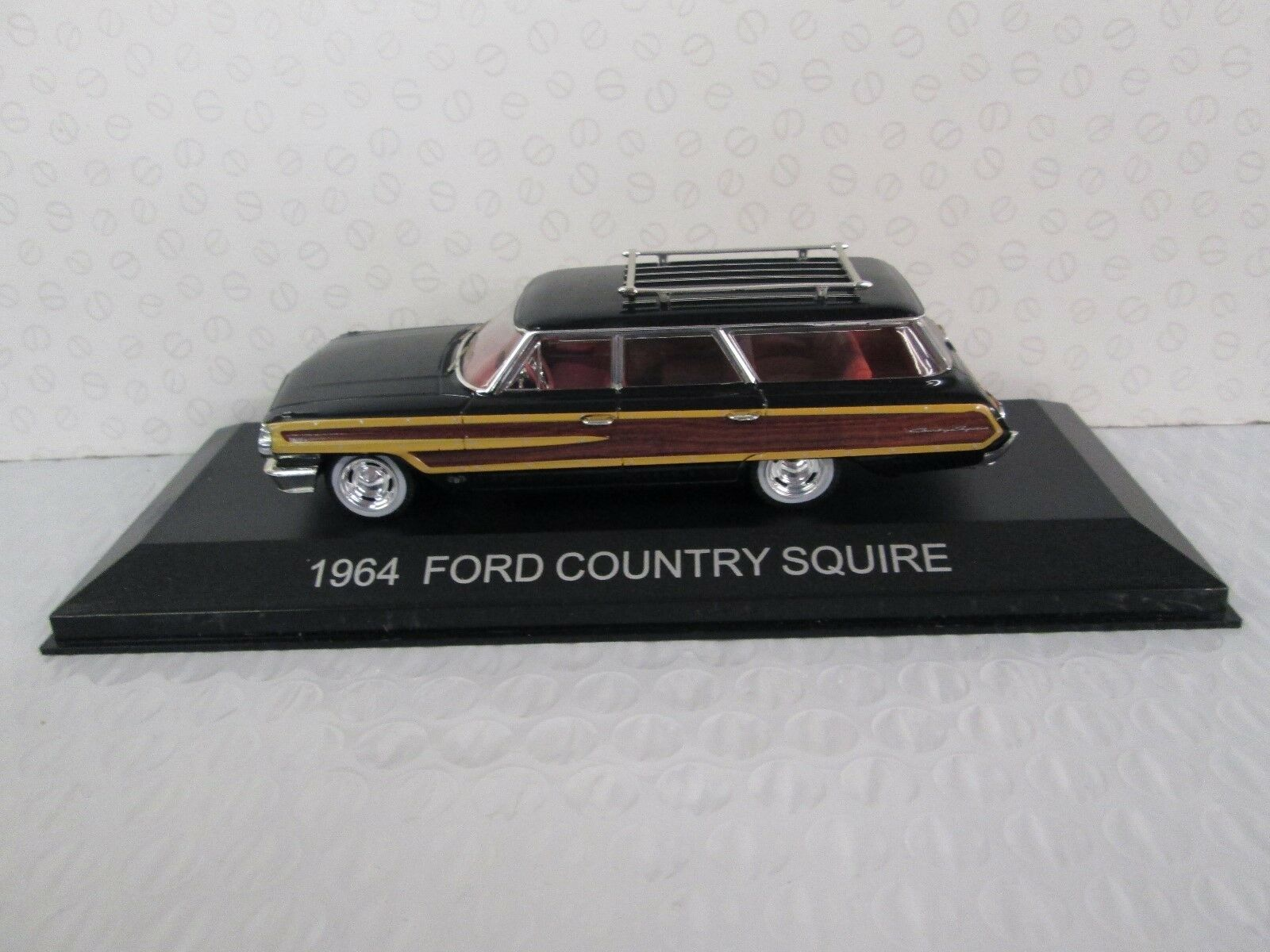 PREMIUM X. Ford Country Squire 1 43 scale. 186918.