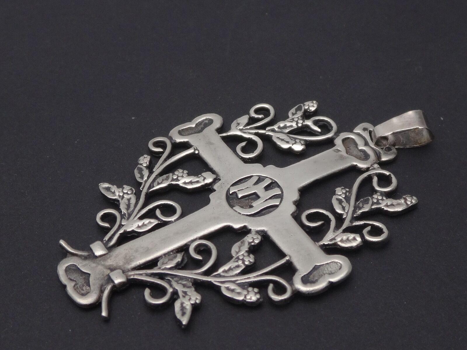 Superbe ancienne croix Jeannette ajourée en argento argento argento massif 84bfd4