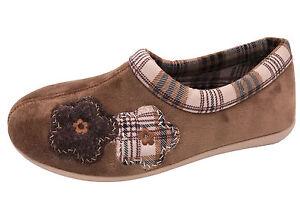 cheap for discount 0b4dc af979 Details zu Cosero Damen Hausschuhe Braun Blume Spanische Schuhe Textil NEU