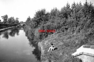PHOTO-1964-SHROPSHIRE-UNION-CANAL-VIEW-FROM-TURNOVER-BRIDGE-STAFFORDSHIRE-THE-B