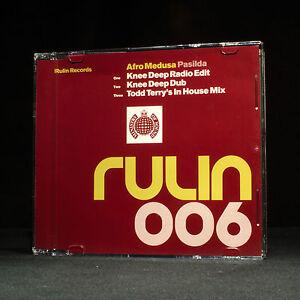 Afro-Medusa-Pasilda-Knee-Deep-music-cd-EP