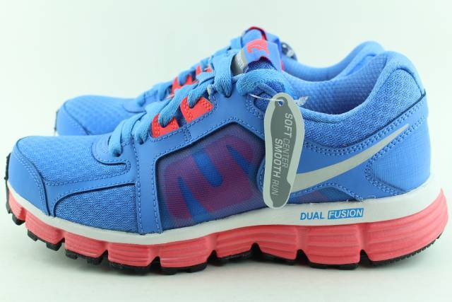 NIKE DUAL FUSION ST 2 UNIVERSITY Bleu Size: 5.5 WOMAN NEW RUNNING