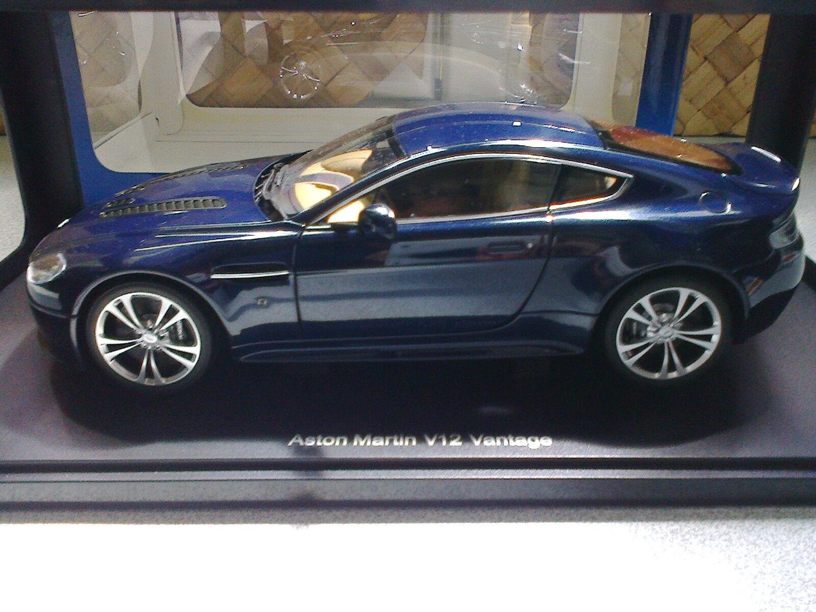 Aston Martin Vantage V12 Autoart 1 18