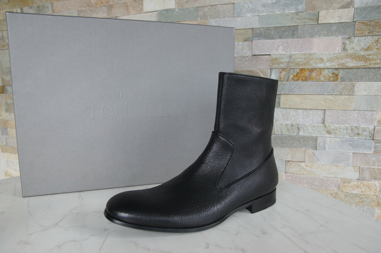 Alexander Mcqueen Ankle Boots Sz. 40 shoes Black New Previously