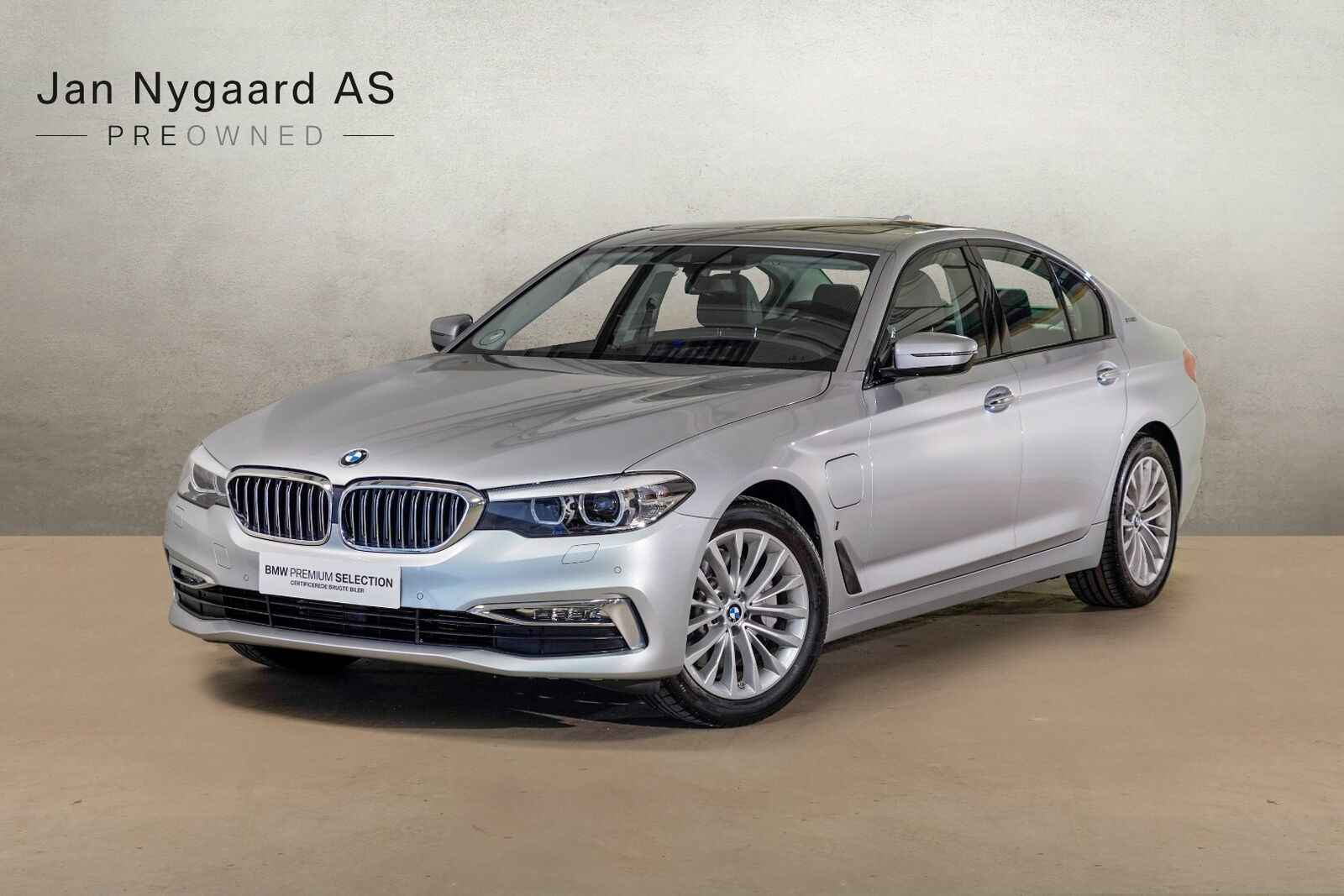 BMW 530e 2,0 iPerformance Luxury Line aut. 4d - 549.000 kr.