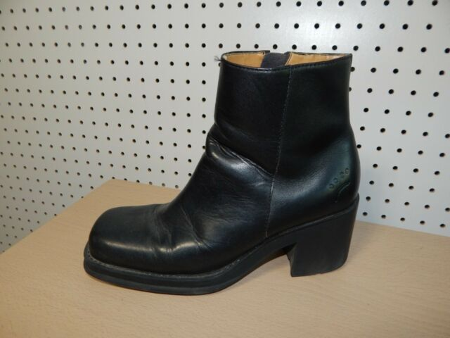 Womens Bare Traps leather ankle boots - size 9M - Chaps - black