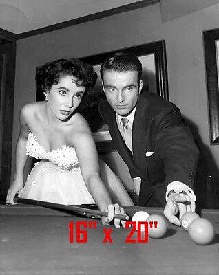"Elizabeth Taylor~Shooting Pool~Pool Hall~Billiards~#1~Poster~16/"" x 20/"" Photo"