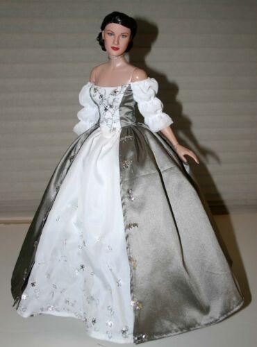 "Outlander Wedding Sewing Pattern for 16.5/"" RTB101 Body Doll Rayne Tonner Poldark"
