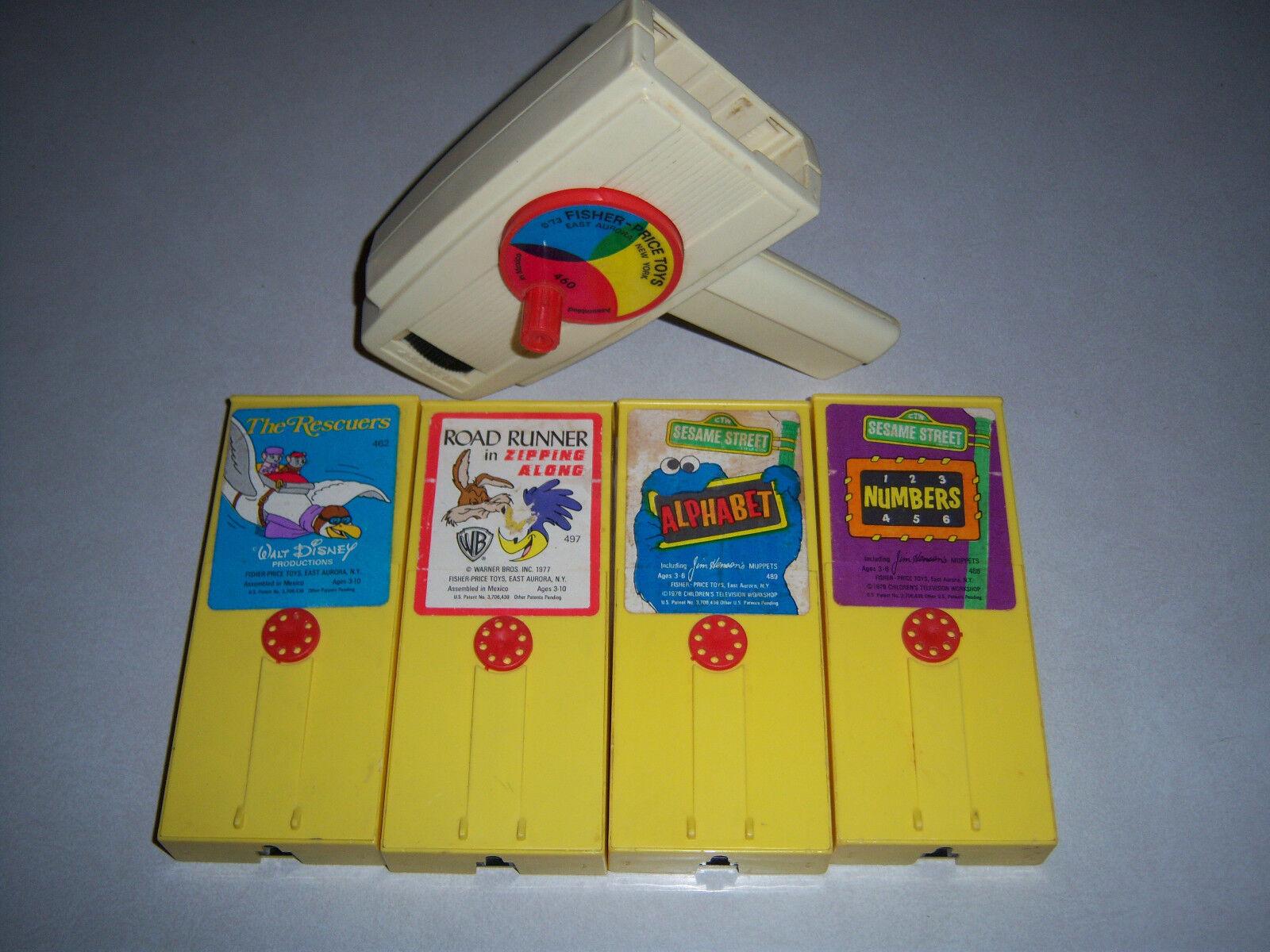 NEAT RARE HTF Vintage 70'S  FISHER PRICE Movie Viewer TOY 4 Movie Cartridges