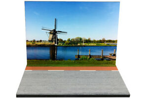 Diorama-presentoir-Trafic-1-43eme-43-2-B-B-025