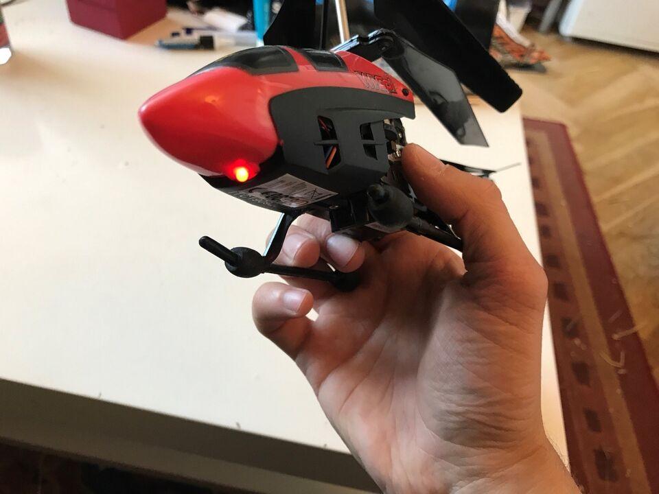 Andet legetøj, Fjernstyret helikopter. Til IPhone,