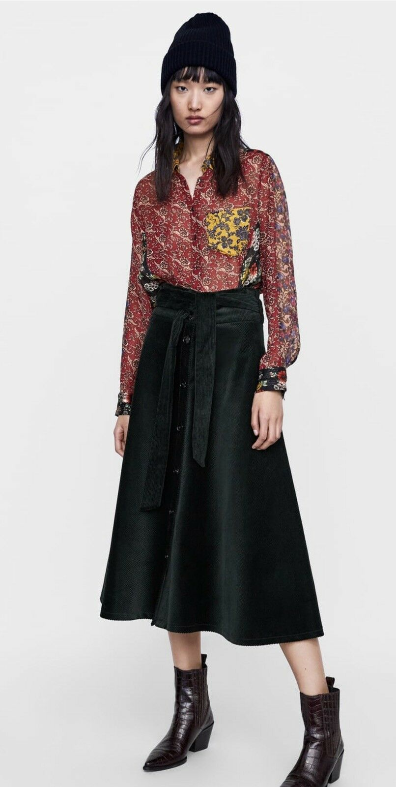 Zara Curduroy Skirt With Belt- Sold Out. Size Small