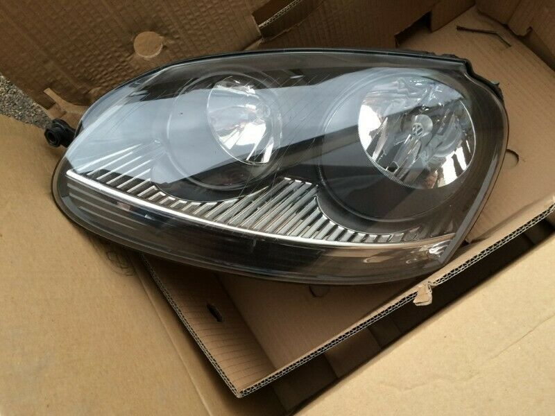VW GOLF 5 GTI 2005/09 BRAND NEW HEADLIGHTS FOR SALE PRICE  R1450 EACH