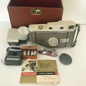 Polaroid-Land-Camera-Model-800-with-Case-Accessories-and-Manual