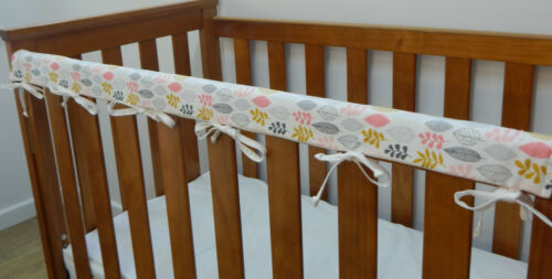 1 x Baby Cot Rail Cover Crib Teething Pad Leaves On White 100% Cotton