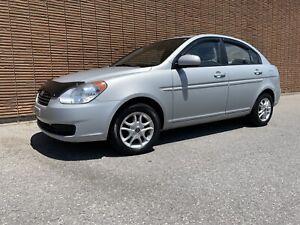 Hyundai Accent 4 portes 2010 (255,000 km) NEGO !