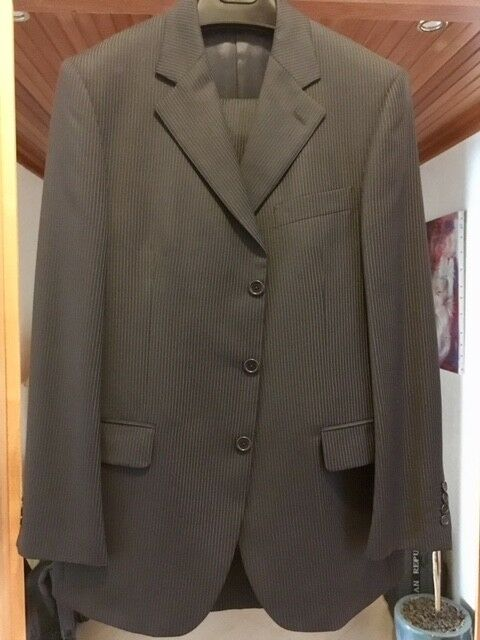 Business Suit bluee st - Blazer+Pants, only tried once for size test indoor