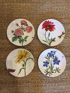 Pier-1-Set-Of-Four-Flower-Plates
